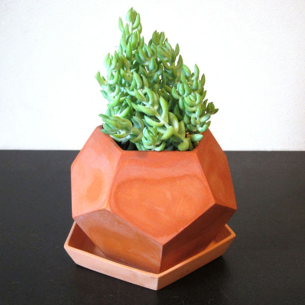 Faceted clay planter