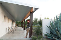 hill marfa texas weekend house portrait  2
